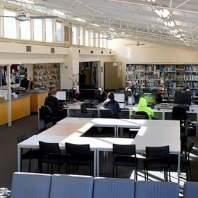 Students working in Melbourne Polytechnic's Heidelberg library