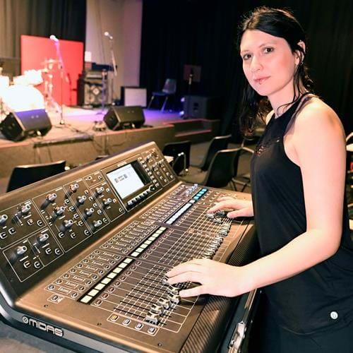 Sound Production Student Luana Moreno