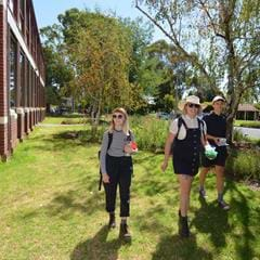 students walking around fairfield 'melbourne polytechnic' campus
